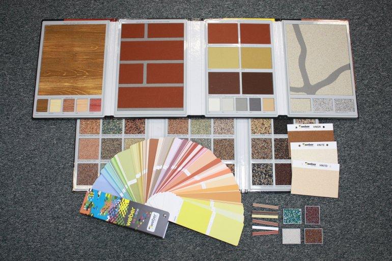 Palety fasádních barev a dekorů.