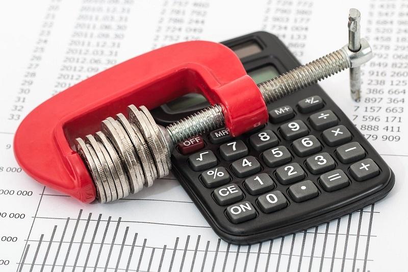 Kolik stojí rekonstrukce domu? Cenu vám pomůžou stanovit odborníci, pro odhad se hodí kalkulačky