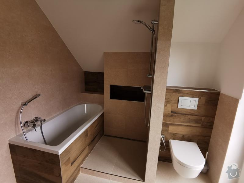 Do nové koupelny se vešel i sprchový kout.